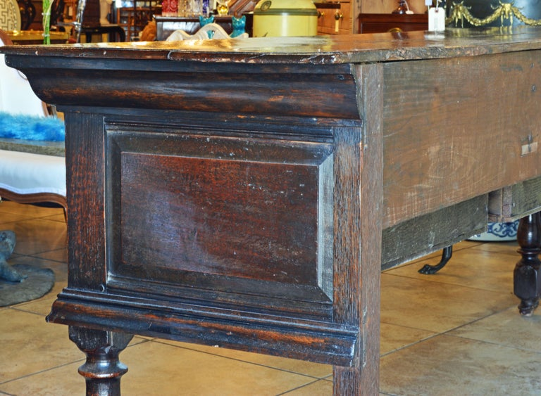 17th-18th Century English Jacobean Style Three-Drawer Oak Wood Dresser or Buffet For Sale 1