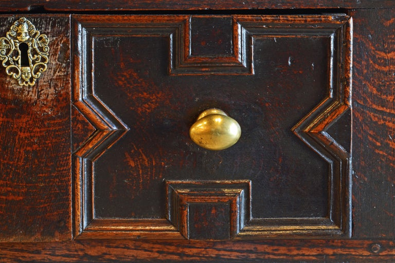 17th-18th Century English Jacobean Style Three-Drawer Oak Wood Dresser or Buffet For Sale 8