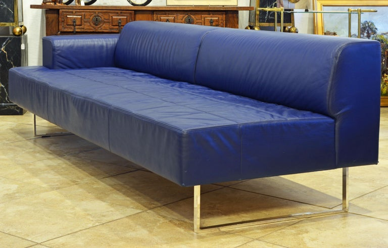 Italian Leather Sofa or Chaise by Studio Cerri & Associati for Poltrona Frau In Good Condition For Sale In Ft. Lauderdale, FL