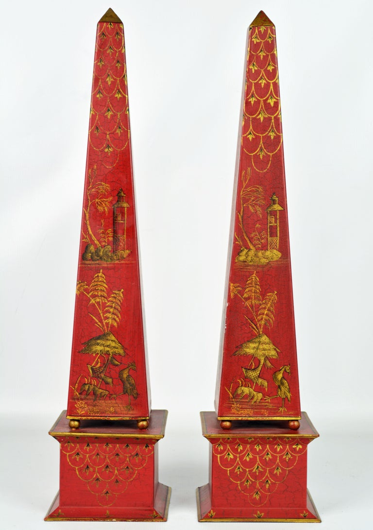 Neoclassical Pair of Tall Vintage Italian Chinoiserie Painted Tole Obelisk Models For Sale