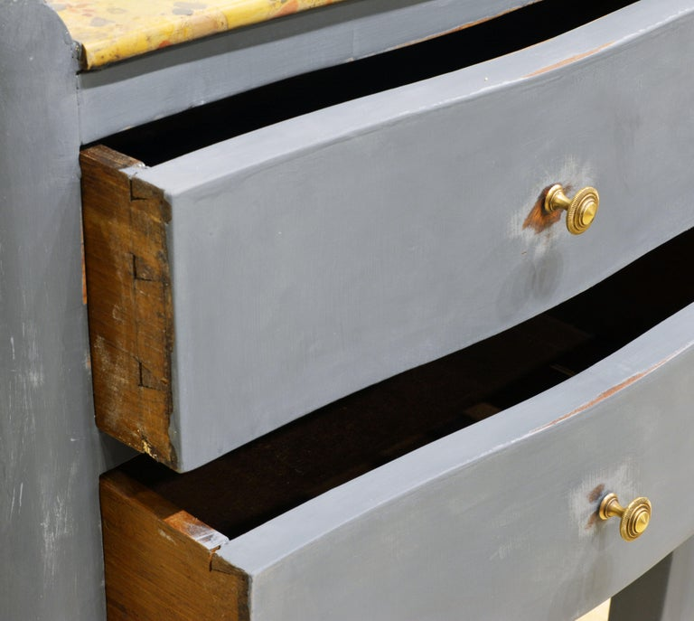 Antique French Provincial Gray Painted Marble-Top Commode For Sale 4