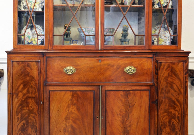 Noble Early 19th Century George III Mahogany Breakfront Secretary Bookcase For Sale 2