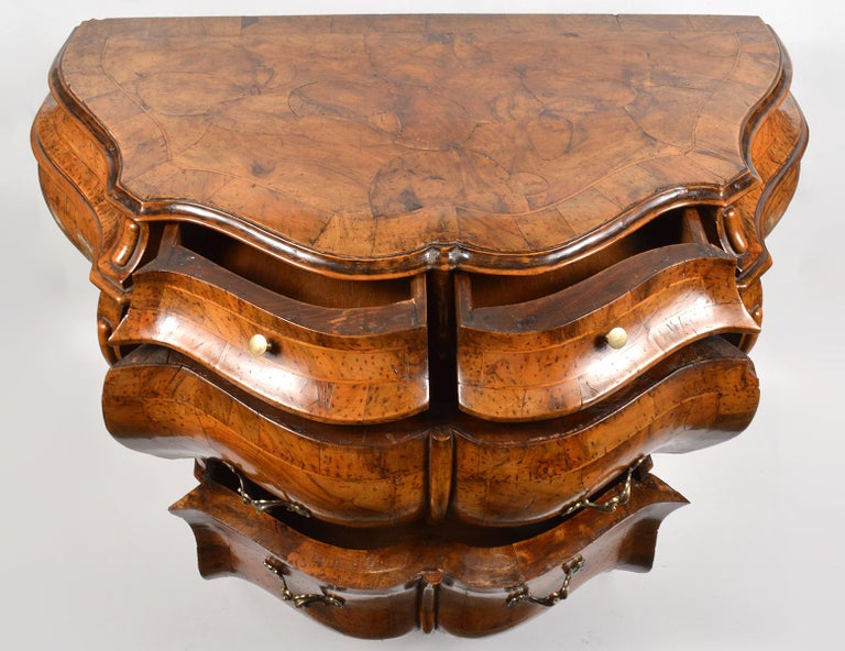 Veneer Early 20th Century Italian Sculptural Olive Wood Parquetry Bombe Commode For Sale
