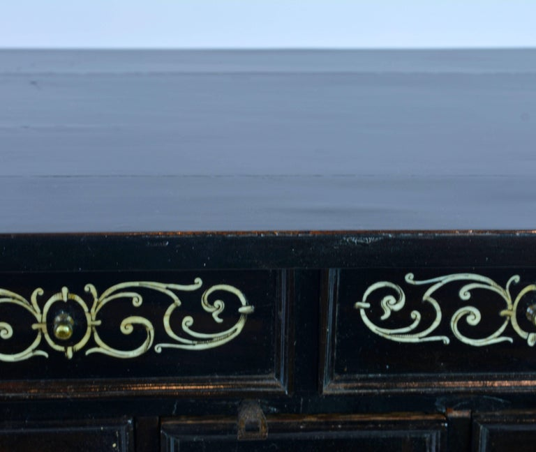 Superior 19th Century Neoclassical Ebonized and Ivory Inlaid Table Cabinet For Sale 5