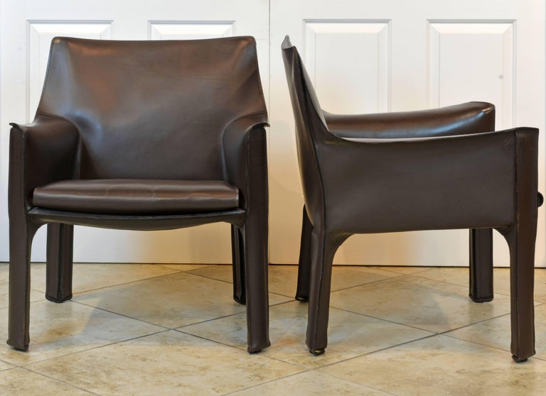 Modern Pair of Mario Bellini Design Leather Cab Lounge Chairs by Cassina, Italy For Sale