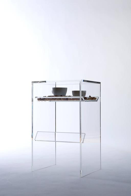 'Bond' Stool Made from Glass 3