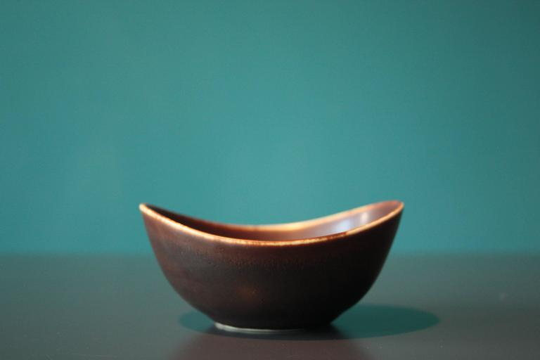Mid-Century Modern Small Ceramic Bowl by Gunnar Nylund for Rörstrand For Sale