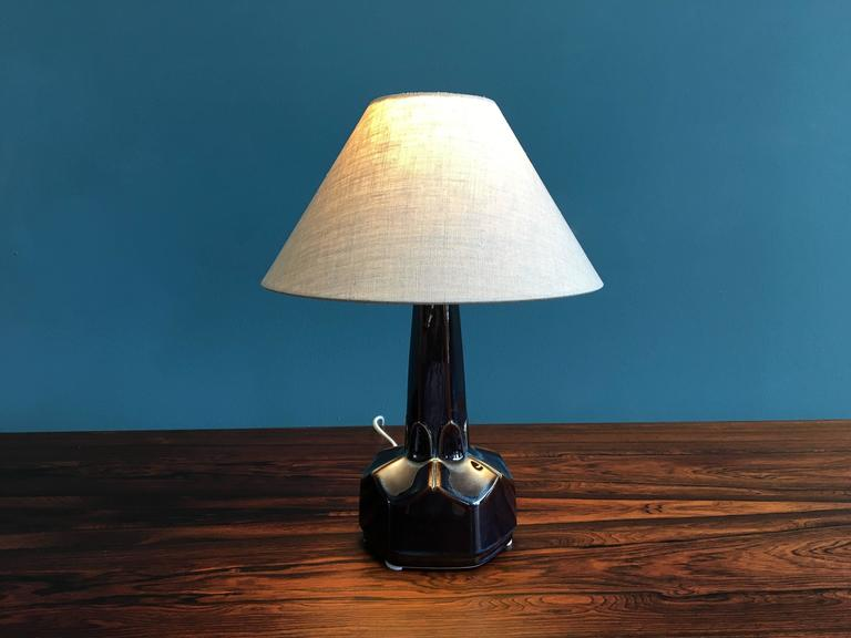 Mid-Century Modern Small Danish Ceramic Table Lamp by Einar Johansen for Soholm Stentoj, 1960s For Sale