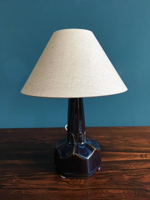 Small Danish Ceramic Table Lamp by Einar Johansen for Soholm Stentoj, 1960s In Excellent Condition For Sale In Berlin, DE