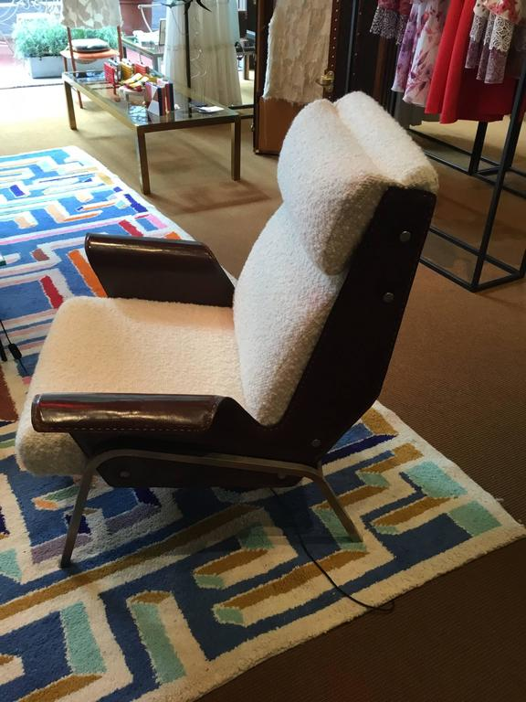 Pair of Alba Lounge Chairs by Gustavo Pulitzer For Sale 1