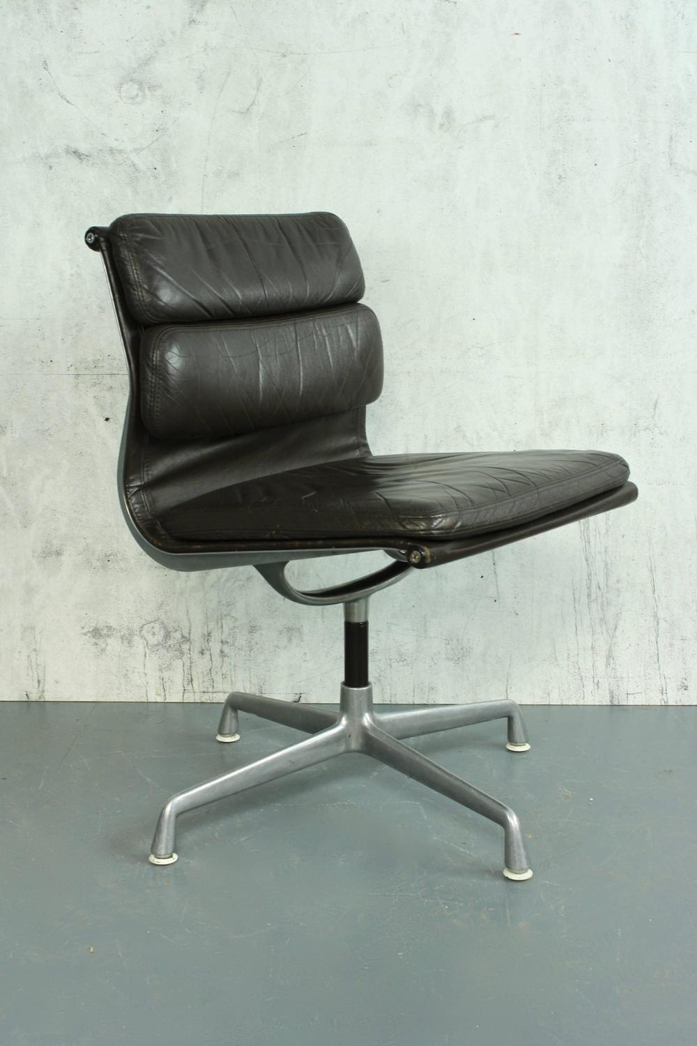 charles eames for herman miller brown leather soft pad