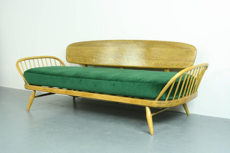Vintage Ercol 355 Studio Couch Sofa Or Daybed With Green