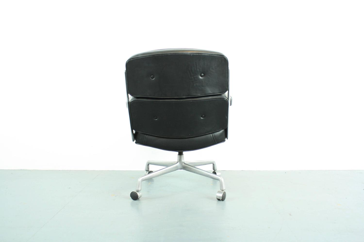 leather time life chair by eames for herman miller for sale at 1stdibs