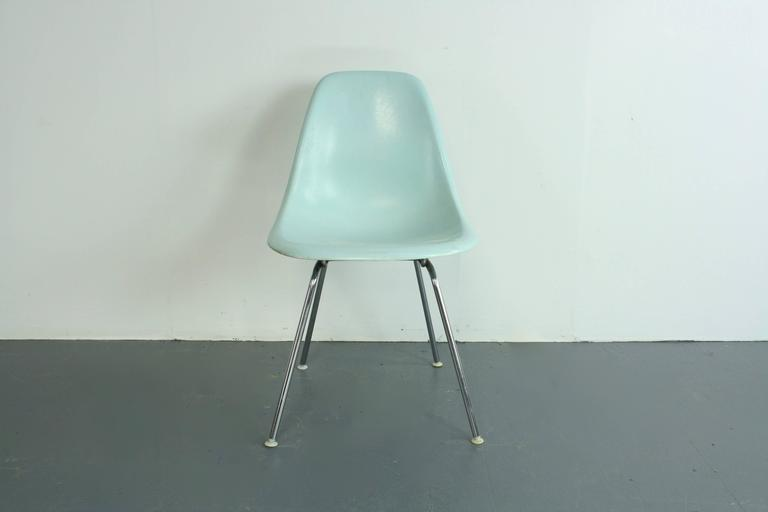 very rare eames for herman miller fibreglass shell chair. Black Bedroom Furniture Sets. Home Design Ideas
