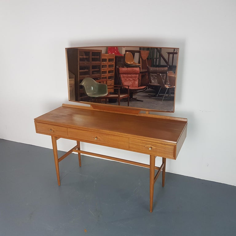 British 1960s Robert Heritage for Archie Shine Teak Dressing Table  For Sale