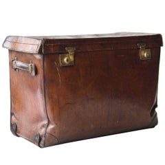 Rectangular Brown Leather English Trunk, 1930