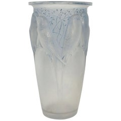 "René Lalique ""Ceylan"" Vase Frosted Blue Stained"