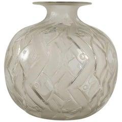 Rene Lalique Vase Penthievre