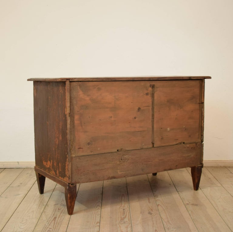 19th Century Biedermeier / Gustavian Chest of Drawers For Sale 3