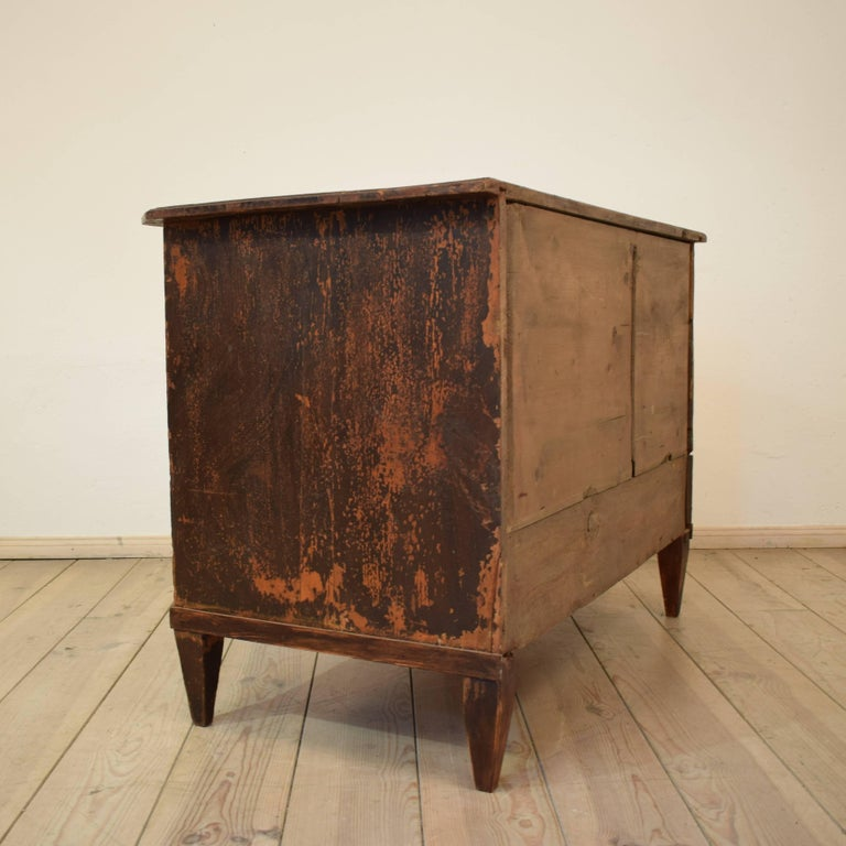 19th Century Biedermeier / Gustavian Chest of Drawers For Sale 4