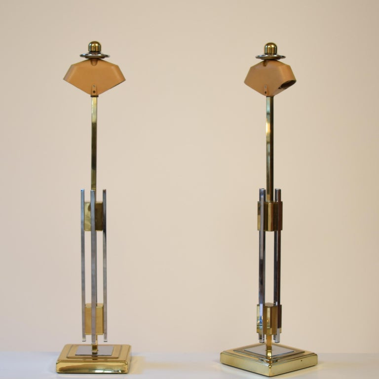 Mid-Century Modern Pair of Midcentury Gold and Chrome Table Lamps by Willy Rizzo For Sale