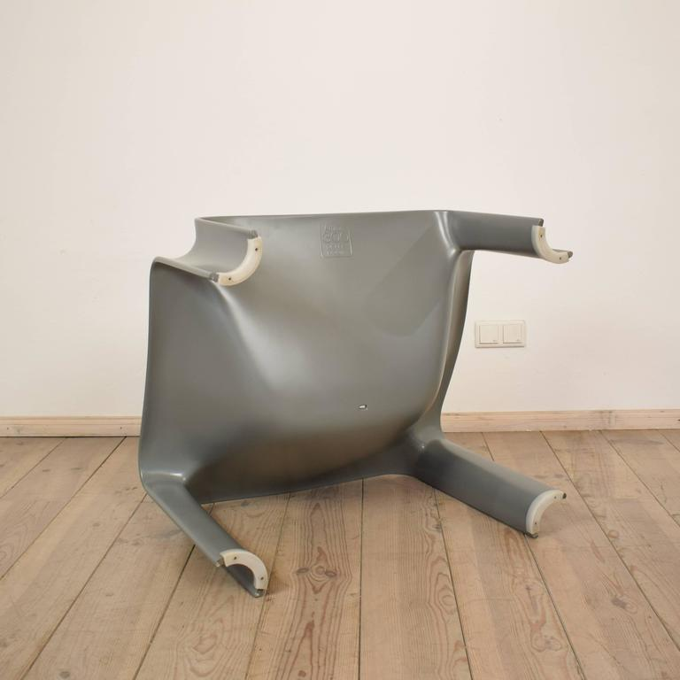 20th Century Model 300 Lounge Chair by Pierre Paulin for Artifort, 1960 For Sale