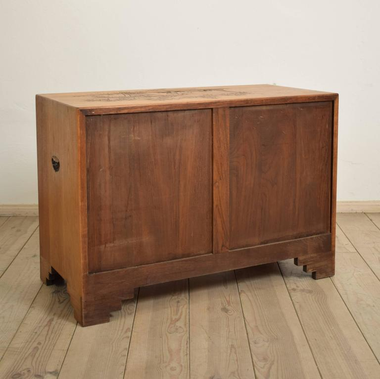 Carved Colonial Chest of Drawers from the 1910s For Sale 2