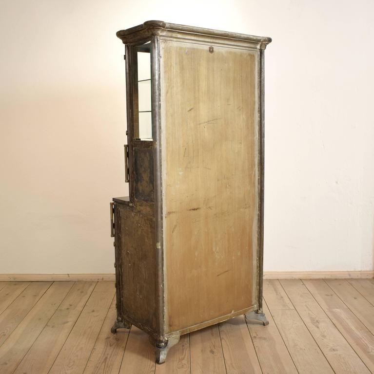 1920s industrial metal dental cabinet from admi m bel at 1stdibs. Black Bedroom Furniture Sets. Home Design Ideas