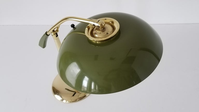 1950s Gerald Thurston Brass Table Lamp with Enameled Shade, USA For Sale 5