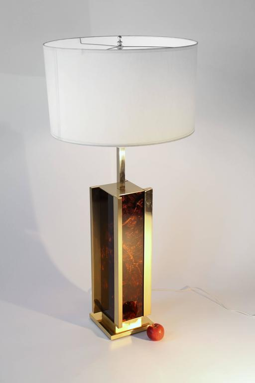 Sciolari Brass and Faux Tortoise Massive Table Lamp Vintage, Italia, 1970s In Good Condition For Sale In St- Leonard, Quebec
