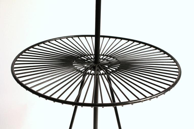 Mid-20th Century Wire Floor/Table Lamp in the Style of Tony Paul, Mid-Century, 1950s, USA For Sale