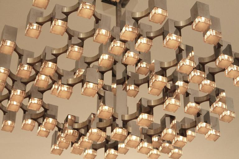 Exceptional 81 Cubes Sciolari Chrome  Chandelier , 1970s , Italy For Sale 1