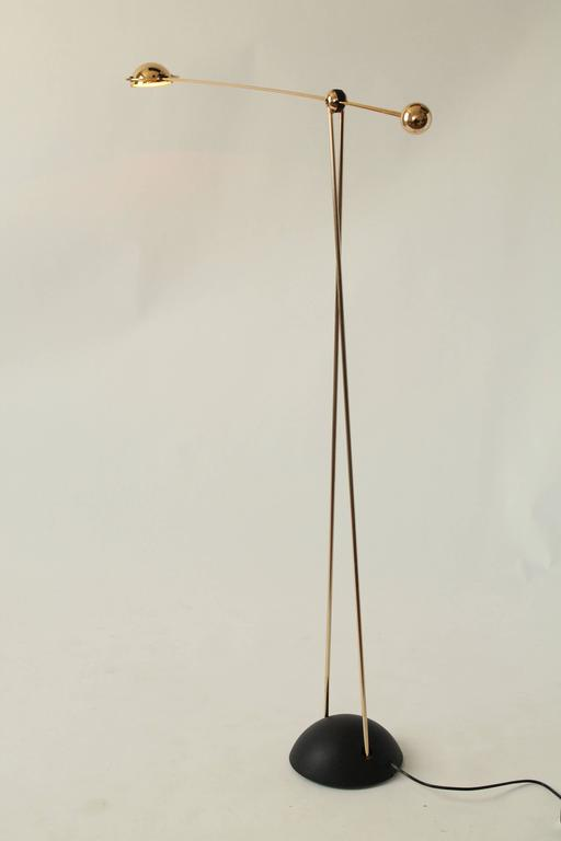 Gold-Plated Halogen Floor Lamp, Yuki from Stephano Cevoli, 1980s, Italia In Excellent Condition For Sale In St- Leonard, Quebec