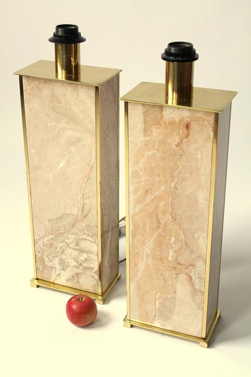 Mid-Century Modern Marble Table Lamp , 1970s , Italia  For Sale