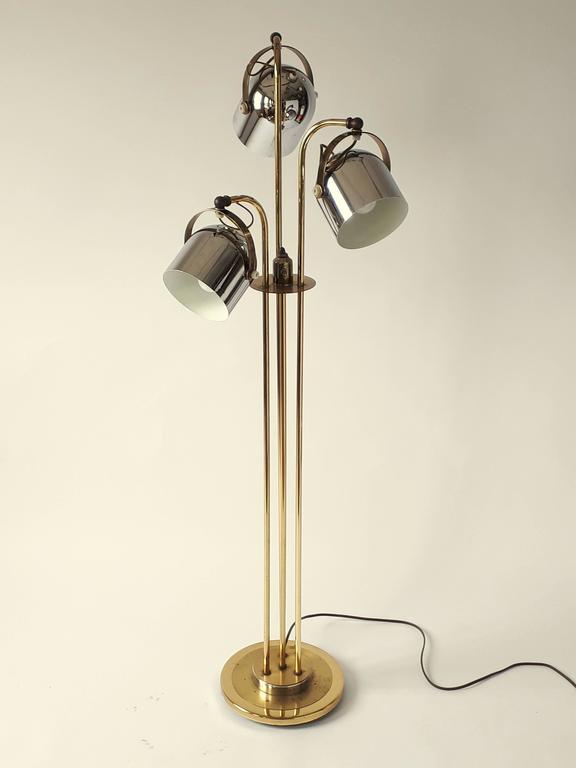 Mid Century Modern Three Heads Floor Lamp In The Style Of Reggiani 1960s