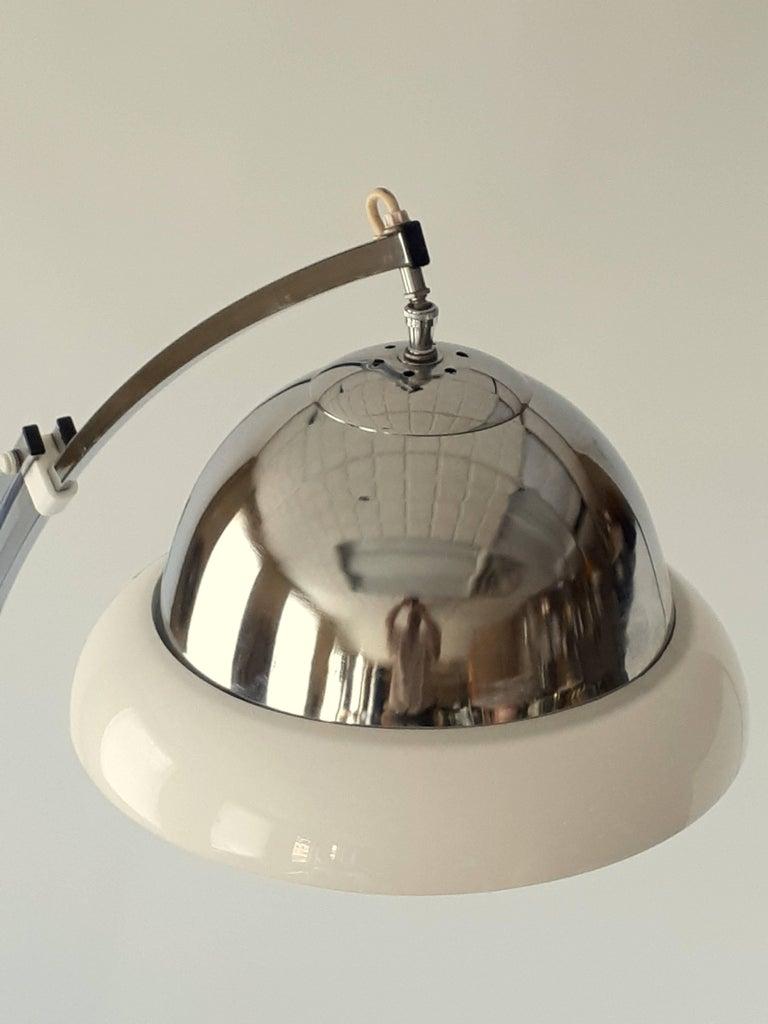 Mid-20th Century Reggiani Height Ajustable Chrome Floor Lamp , 1960s , Italia For Sale
