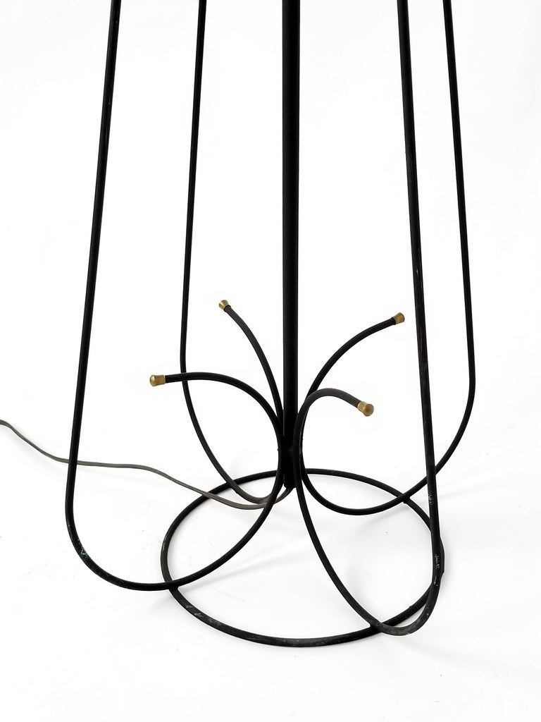 Mid-20th Century 1950s Wire Floor Lamp in the Style of Tony Paul, USA For Sale