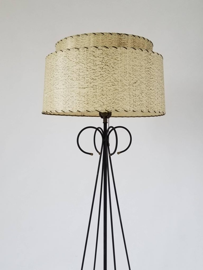 American 1950s Wire Floor Lamp in the Style of Tony Paul, USA For Sale