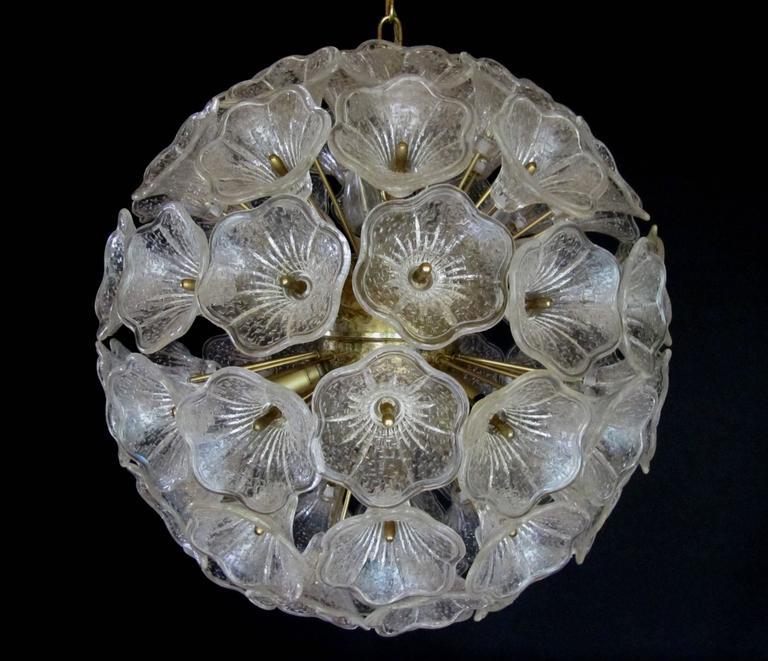 Large Sunburst Murano Glass Chandelier, Venini Style, 1960s 2