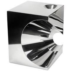 Moderner quadratischer Beistelltisch oder Hocker aus Stahl, Italienisch, Limited Edition