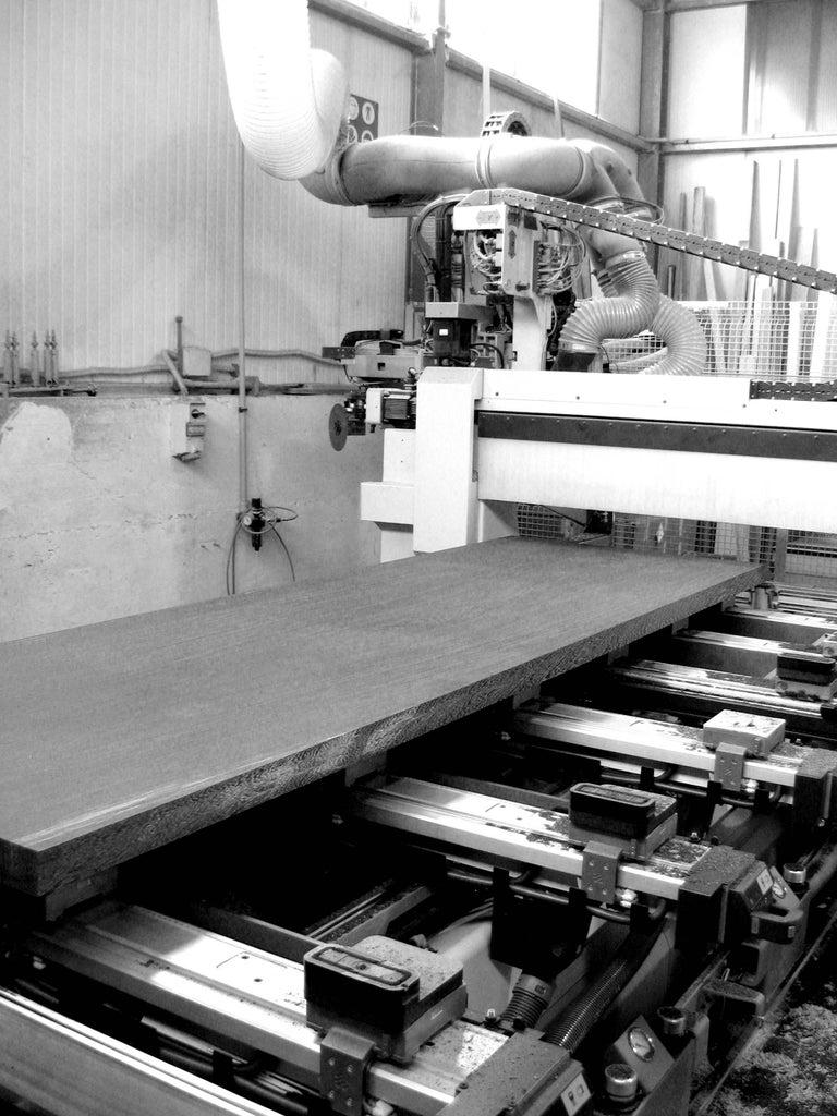 Executive Desk Rectangular Wood Purple Steel Italian Contemporary Design For Sale 1
