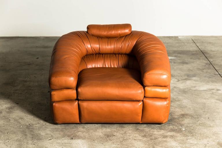 """Beautiful leather chair mod. """"Straccio"""" in perfect conditions and very comfortable."""