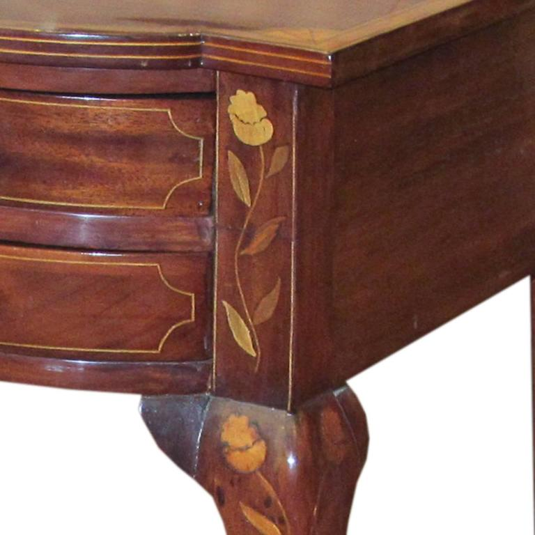 Queen Anne Dutch Serpentine Mahogany and Marquetry Inlaid Table For Sale