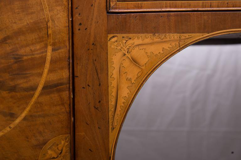 Brass 18th Century English George III Mahogany Inlaid Serpentine Sideboard For Sale