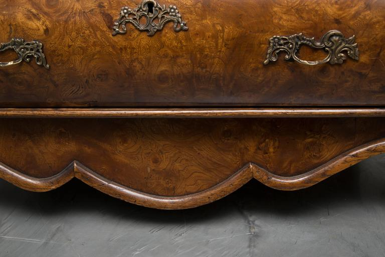 Hand-Crafted 19th Century Dutch Rococo Walnut Bombe Chest For Sale