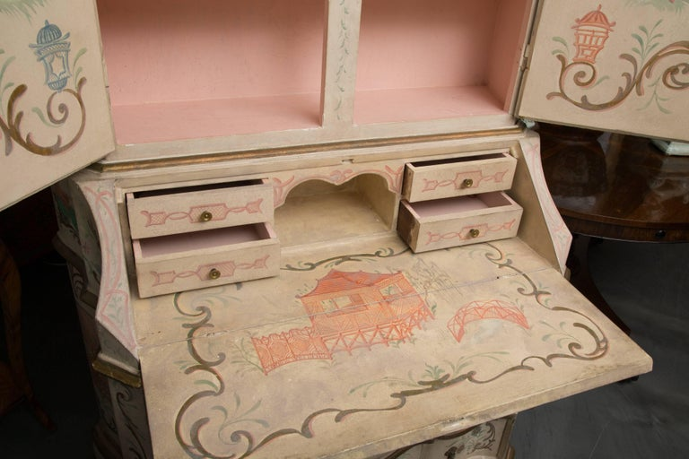 Chinoiserie and Cream-Painted Italian Queen Anne Style Secretary For Sale 2