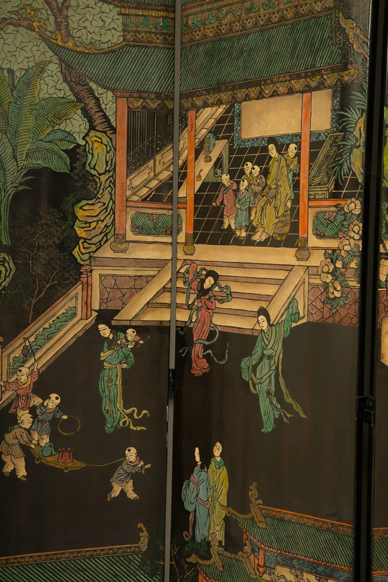 Magnificent Chinese 12-Panel Coromandel Screen For Sale 1