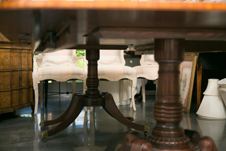 20th Century English Mahogany Dining Table with Inlay Banding For Sale