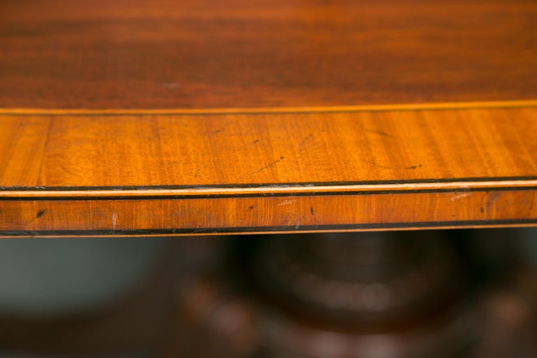 Regency English Mahogany Dining Table with Inlay Banding For Sale