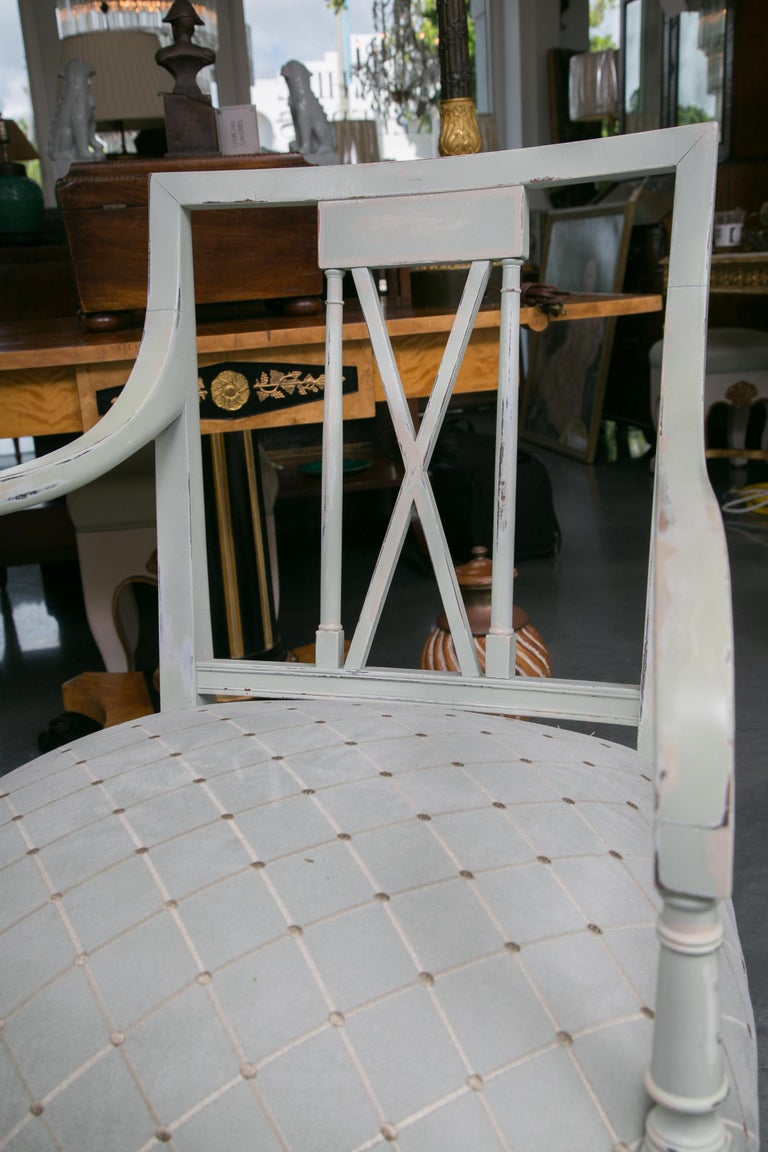 Set of Six Swedish Painted Dining Chairs For Sale 1